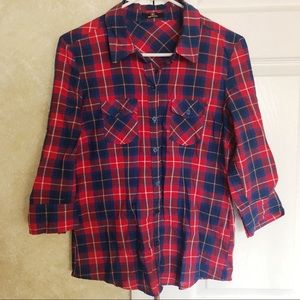 Plaid Button-up Top 3/4 sleeves
